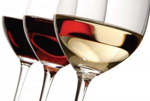 čaše sa vinom